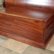 gg-blanket-chest