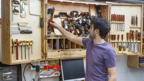 Ultimate Wall-Hanging Tool Cabinet - The Wood Whisperer Guild